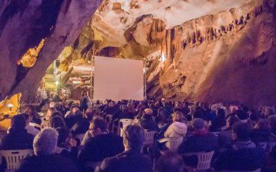 Projection à la Grotte de la Cocalière